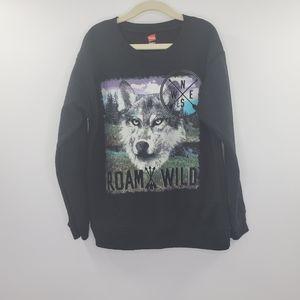 Roam Wild Wolf Big Graphic Crew neck Sweater Black